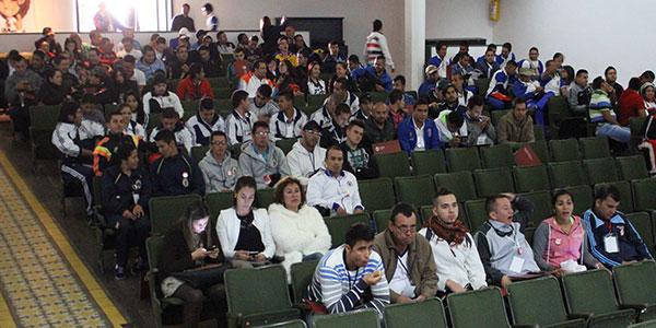 Universidad de pamplona la universidad de pamplona - Oficinas santander pamplona ...