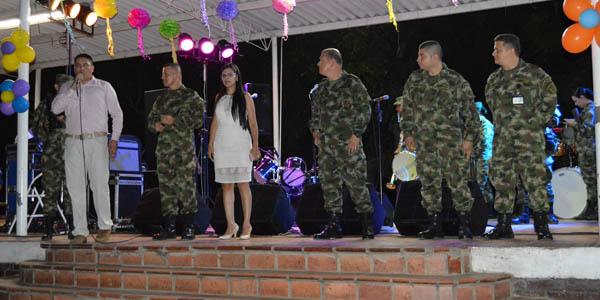 Universidad de pamplona soldados de norte de santander y sus familiares demostraron su talento - Oficinas santander pamplona ...